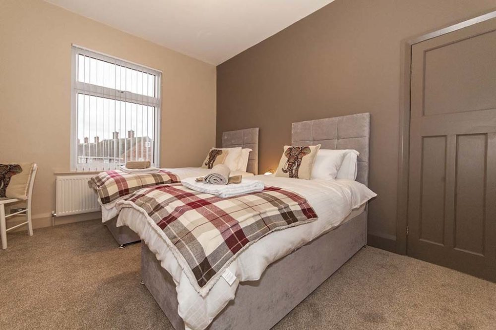 Sargent & Garvey - Illume House - Back Double Bedroom showing Super King Sized Zip Link Bed as two single beds